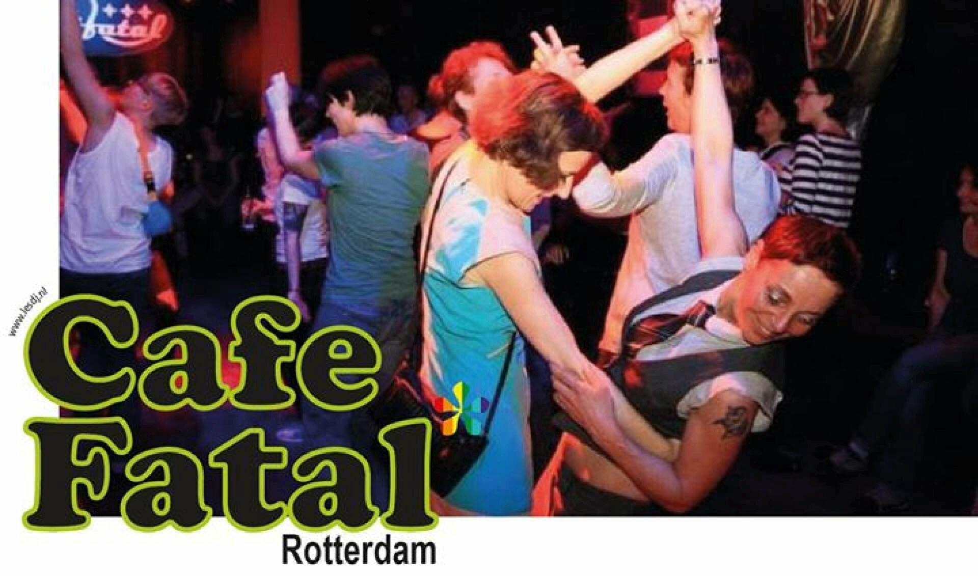 Dansen in 'Café Fatal'