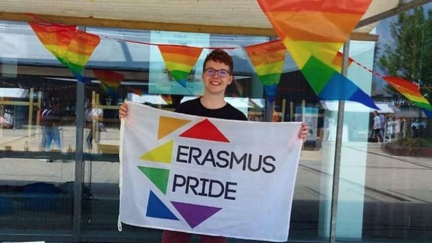Fabian Lips: we tonen onze inclusiviteit met de progress pridekleuren