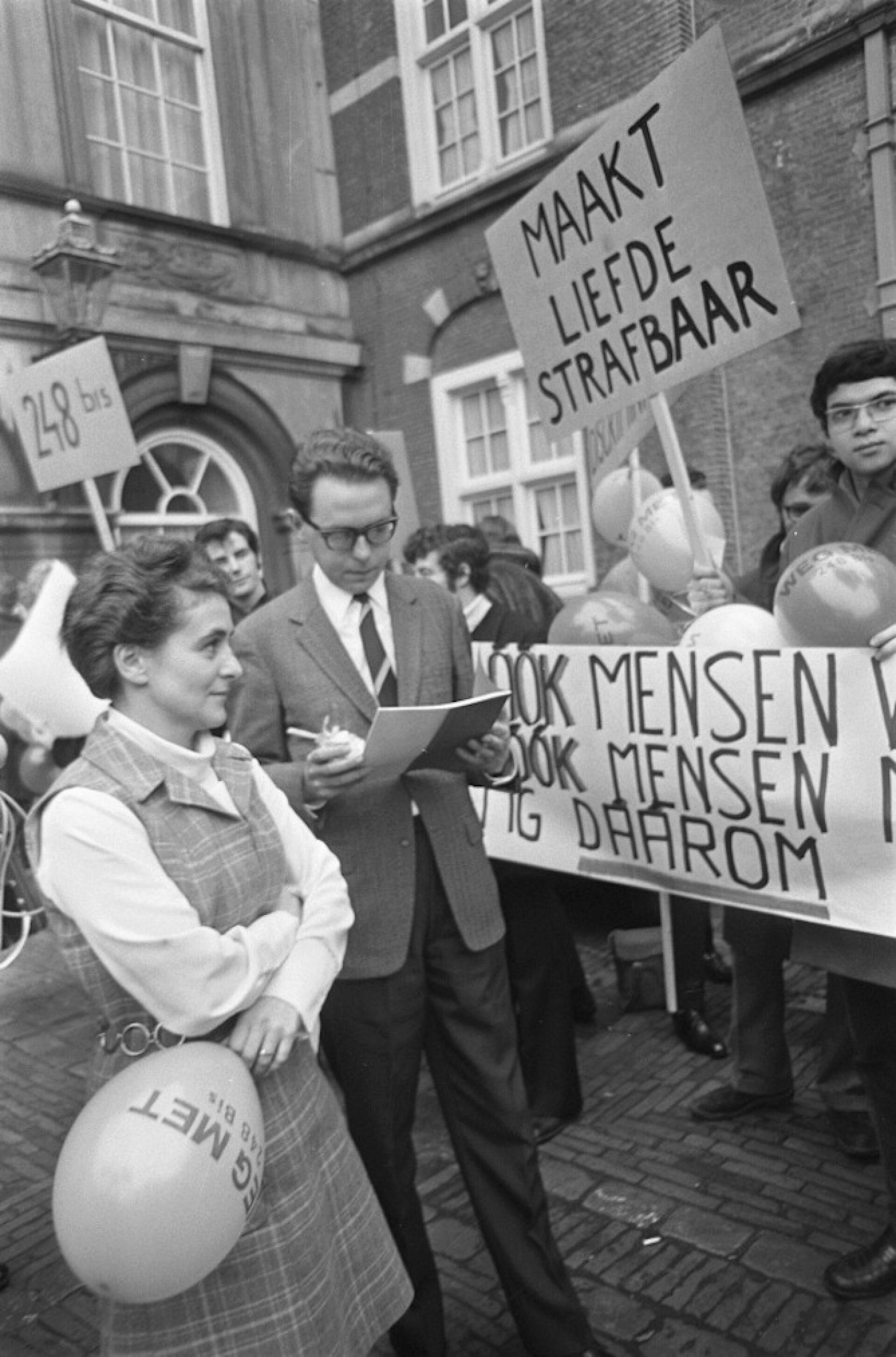Out in Rotterdam: 100 jaar gay geschiedenis
