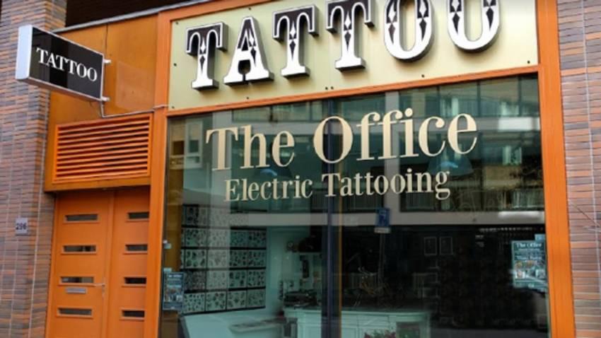 Tattooshop winnaar van de Rotterdam Pride etalage-actie