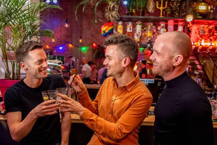 De Column van Vrijdag: Rotterdam een Gay-attractie?!, part 2